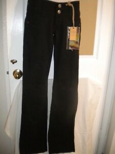 Bebina Collection Womens Jeans Size 28 Black NWT - Brand new with tag.