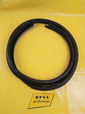 NEU + ORIG Opel Calibra Türdichtung rechts schwarz Türgummi Tür Abdichtung Gummi