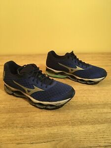 mizuno mens running shoes size 9 years old king madison blvd