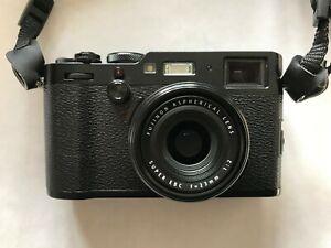 Fujifilm X100F 24,3 Mpix MINT - Black