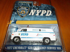 GREENLIGHT 1/64 NYPD POLICE DEPARTMENT 1977 CHEVY G20 EMERGENCY SERVICE VAN