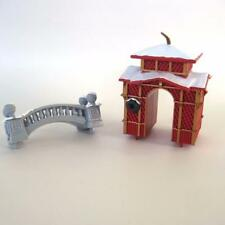 1995 Mr Christmas Holiday Skaters Circa 1885 Replacement Arch and Bridge