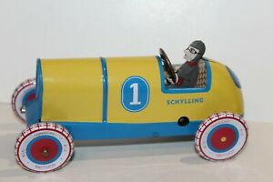 VERY NICE TIN LITHO WIND UP #1 INDY RACE CAR with DRIVER by SCHYLLING WORKS!