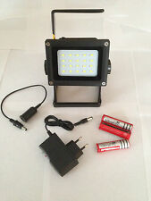 LAMPE PROJECTEUR 30W RECHARGEABLE A LED CREE XML-2 ULTRAPUISSANT 2400 LM
