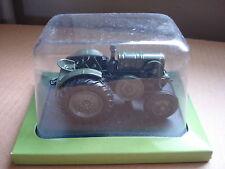 universal hobbies/hachette  tracteur le robuste K 50 - 1935