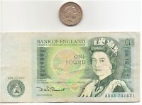 UK England Banknote And Coin Set One Pound Banknote And Coin as pictured