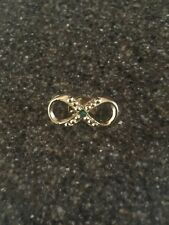 Vintage Signed HC Hattie Carnegie Gold Tone Faux Jade Infinity Knot Lapel Pin