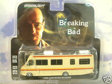"GREENLIGHT 1/64 pressofusione 1986 Fleetwood BOUNDER RV / CAMPER ""BREAKING BAD"" # 33021"