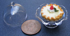 1:12 Bakewell Tart In A Glass Cake Stand Dolls House Miniature Accessory G27M