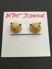 $30 Betsey Johnson Emjoi Earrings Front And Back BT-41