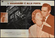 fotobusta L'ASSASSINO E' ALLA PORTA HELL IS A CITY STANLEY BAKER HAMMER HORROR