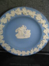 "Wedgwood Grecian Theme Round Dish 4 1/4"" 3 Fig Angel"