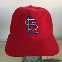 ST LOUIS CARDINALS - Vtg 90s NEW Red Strapback Adjustable G-Cap Cotton Dad Hat