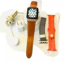 Apple Watch Gen 1 Series 7000 42mm silver Color used  funtional see PICS /BUNDLE