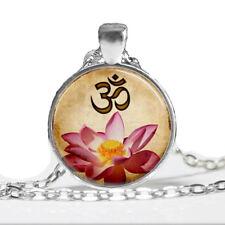 Signo de Buda Om Loto Collar Colgante mandala budista de vidrio de Cadena de Plata