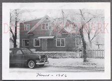 AUTO DE ÉPOCA FOTO 1950 FORD AUTOMOBILE & casa en invierno snow 754880