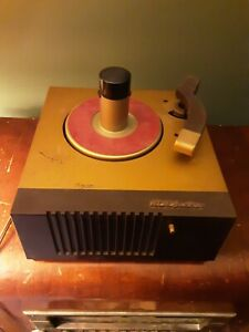 VINTAGE RCA PHONOGRAPH 45-EY 45 RPM RECORD PLAYER NO CRACKS READY TO RESTORE