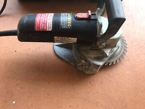 CRAIN 555 MULTI-UNDERCUT CORDED ELECTRIC SAW W/CASE