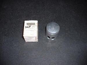 NOS 1993-1994 Yamaha Razz (SH50) Piston,   1YU-11636-00,   2nd Oversize