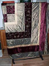 Duvet, Multy Color for Queen Size Bed. 2 pillow Shams.  Poyester-Blend.