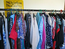 BUNDLE OF 15 ITEMS OF LADIES CLOTHES, SIZE 14/16 TOPS/TROUSERS/SKIRTS, EXC-CON