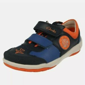 Boys Clarks Jets Casual Light Up Hook&Loop Navy Leather&Textile Shoes trainers