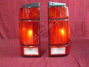 NOS OEM Ford Explorer Tail Lamp Light 1991 - 1994 PAIR