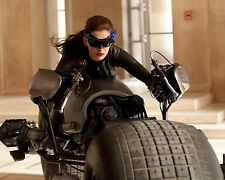 Anne Hathaway / Catwoman  8 x 10 GLOSSY Photo Picture IMAGE #2