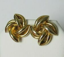 Are A Shiny Yellow Gold Tone Metal Perfect Vintage Pair Of Pierced Earrings That