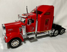 Welly 1/32 Kenworth W900 (Red)