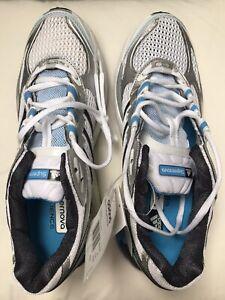 BNWT ADIDAS Women's Supernova Sequence Running Shoes Size UK 7