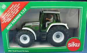 SIKU FARMER vgl 2965 - FENDT VARIO 712 - Sondermodell Test & Training - 1:32