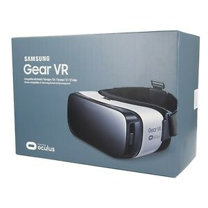Samsung Gear VR SM-R322 Virtual Reality Headset Oculus Frost White
