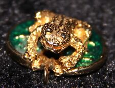 enamel frog on lily pad pendant gold tone necklace