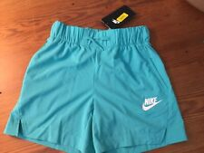 Girls  Nike NWT Medium standard fit shorts teal green with pockets