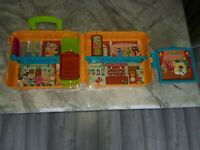 Furchester hotel playset Sesame Street Retro Vgc Carry Slong