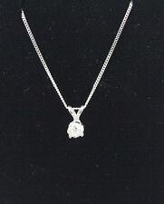 14 kt Diamond pendant with chain
