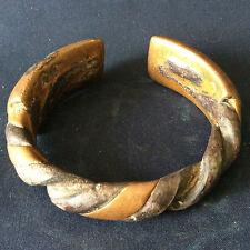 Bracelet bronze torsadé Afrique ethnie Baoulé
