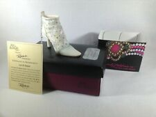 Just the Right Shoe by Raine Let It Snow, Item # 90200