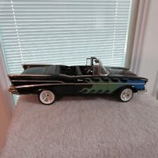 1957 chevy bel air,ertl,1:18 scale die cast convertible