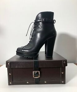 BEAUTIFUL ALAIA BLACK LEATHER LACE-UP ANKLE BOOTS PLATFORM TRACK size 36.5 6.5