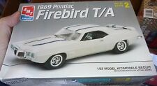 AMT 1969 Pontiac Firebird T/A Trans AM 1/25 MODEL CAR MOUNTAIN KIT FS