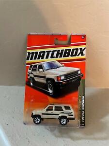 Matchbox Toyota 4Runner #74/100 Outdoor Sportsman X21
