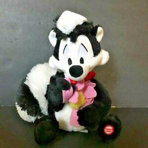 Pepe Le Pew Talking Plush Stuffed Skunk Valentine Flower I Pick You Hallmark Toy