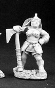 1 x BATTLE NUN AXE - WARLORD REAPER miniature jdr rpg hache nonne female 06062d