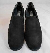 Munro American Proper Size Perfect Fit Womens Slip On Loafers Size 9 M Black