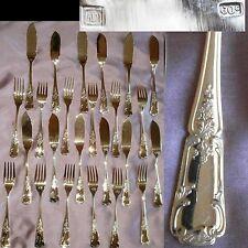 12 Couverts à poisson style Louis XV en métal argenté & doré façon vermeil
