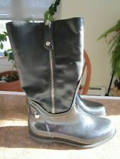 Stuart Weitzman Black Leather Upper Rubber Rain Boots Side Zip Lined Sz 38 7.5 8
