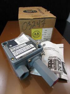 Allen-Bradley Pressure Control 836T-T254J Series CB