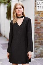 Collar Negro siguiente Stud Vestido 16